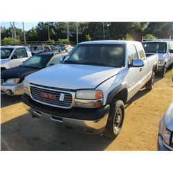 2001 GMC 2500 HD PICK UP, VIN/SN:1GTHC29U41E234520 - EXT CAB, GAS ENGINE, A/T, ODOMETER READING 262,