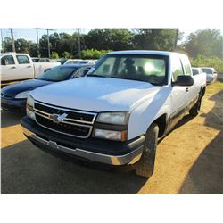 2006 CHEVROLET 1500 PICKUP, VIN/SN:1GCEC19Z56E179302 - 4X4, EXT CAB, GAS ENGINE, A/T