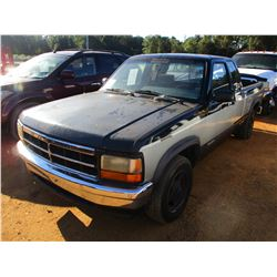 1993 DODGE DAKOTA PICKUP, VIN/SN:1B7FL23X2PS271078 - EXT CAB, GAS ENGINE, A/T, ODOMETER READING 197,