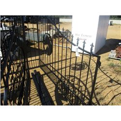16' IRON GATE W/POST, HORSE HEAD SCENE, (C6)