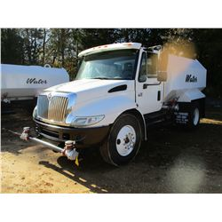 2006 INTERNATIONAL 4300 WATER TRUCK, VIN/SN:1HTMMAAL56H233115 - IHC, A/T TRANS, WATER TANK BODY W/RE