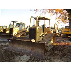CAT D5M LGP CRAWLER TRACTOR, VIN/SN:3CR00989 - 6 WAY BLADE, FT CONTROL, CANOPY, SWEEPS