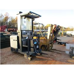 CROWN SP3500-30 FORKLIFT, VIN/SN:1A33384 - ELECTRIC, 3000# CAP, BATTERY CHARGER (B-2)