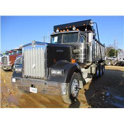 KENWORTH W900B DUMP, VIN/SN:R794233 - TRI-AXLE, 475HP 3406E CAT DIESEL ENGINE, 8LL FULLER TRANS, 16'