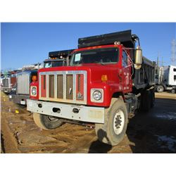 2002 INTERNATIONAL 2574 DUMP, VIN/SN:1HTGGATT62H515243 - T/A, CAT DIESEL ENGINE, FULLER AUTO SHIFT,