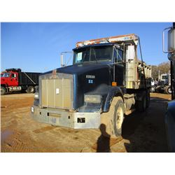 1990 KENWORTH DUMP, VIN/SN:2NKDLR9X0LM538538 - T/A, DETROIT DIESEL ENGINE, 10 SPEED TRANS, 14' STEEL