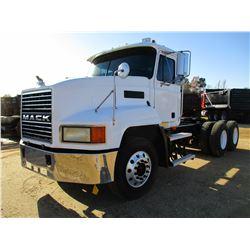 2001 MACK CH613 TRUCK TRACTOR, VIN/SN:1M1AA13Y31W139031 - T/A, MACK E7350 DIESEL ENGINE, 6 SPEED TRA