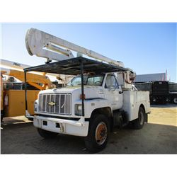 1991 CHEVROLET KODIAK BUCKET TRUCK, VIN/SN:1GBG6H1J7MJ102127 - S/A, CAT DIESEL ENGINE, 6 SPEED TRANS