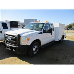 2011 FORD F350 SERVICE TRUCK, VIN/SN:1FDBX3G66BEA30163 - EXT CAB, GAS ENGINE, A/T, 8' FLATBED BODY,