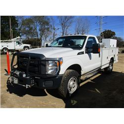 2012 FORD F350 SERVICE TRUCK, VIN/SN:1FDRF3F66CEC10835 - 4X4, V8 GAS ENGINE, A/T, KNAPHEIDE SERVICE