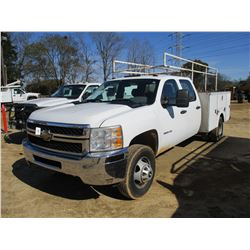 2011 CHEVROLET 3500 HD SERVICE TRUCK, VIN/SN:1GB4CZCG1BF252768 - CREW CAB, V8 GAS ENGINE, A/T, OMAHA