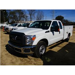 2015 FORD F350 SERVICE TRUCK, VIN/SN:1FD7X3A69FEA15800 - EXT CAB, GAS ENGINE, A/T, KNAPHEIDE TOOL BO