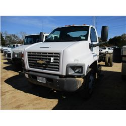 2004 Chevrolet CAB & CHASSIS, VIN/SN:1GBJ6C1C24F901987 - CAT DIESEL ENGINE, 5 SPEED TRANS, ODOMETER