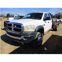 2008 DODGE RAM 4500 FLATBED TRUCK, VIN/SN:306W068A98G185858 - 4X4, CREW CAB, CUMMINS DIESEL ENGINE,