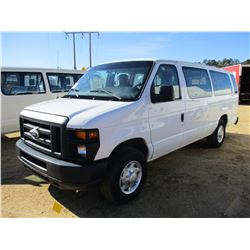 2014 FORD E350 PASSENGER VAN, VIN/SN:1FBSS3B63EDA74531 - GAS ENGINE, A/T, ODOMETER READING 295,809 M