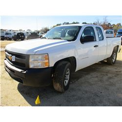 2011 CHEVROLET SILVERADO PICK UP, VIN/SN:1GCRKPE38BZ322574 - 4X4, EXT CAB, GAS ENGINE, A/T, ODOMETER