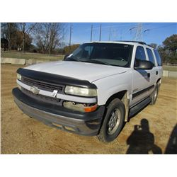 2001 CHEVROLET TAHOE SUV, VIN/SN:1GNEK13T51J272686 - V8 GAS ENGINE, A/T, ODOMETER READING 219,596 MI
