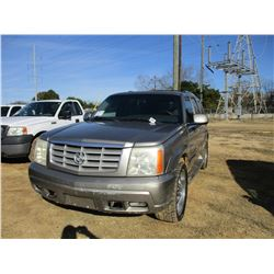 2002 CADILIAC ESCALADE VIN/SN:1GYEK63N62R101370 - GAS ENGINE, A/T, ODOMETER READING 254,688 MILES