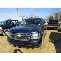 2008 CHEVROLET TAHOE LS VIN/SN:1GNFK13038R243371 - GAS ENGINE, A/T, ODOMETER READING 276,841 MILES