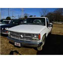 1999 CHEVROLET 2500 PICK UP, VIN/SN:1GCGC29R9XF001402 - EXTENDED CAB, GAS ENGINE, A/T, LONG BED, ODO