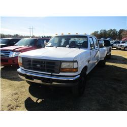 1997 FORD F350 DUALLY, VIN/SN:1FTJW35F7VEA82790 - CREW CAB, POWERSTROKE DIESEL ENGINE, 5 SPEED TRANS