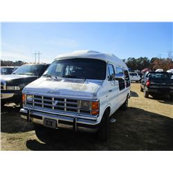 1992 DODGE RAM 250 VAN, VIN/SN:2B6HB21Y7NK167964 - GAS ENGINE, A/T, ODOMETER READING 146,979 MILES