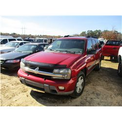 2002 CHEVROLET TRAILBLAZER VIN/SN:1GNES16S526117014 - GAS ENGINE, A/T, ODOMETER READING 288,381 MILE