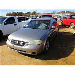 2000 NISSAN MAXIMA VIN/SN:JN1CA31D3YT718345 - GAS ENGINE, A/T, ODOMETER READING 314,807 MILES
