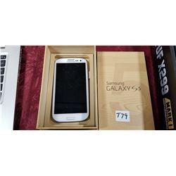 Samsung Galaxy S5 - used