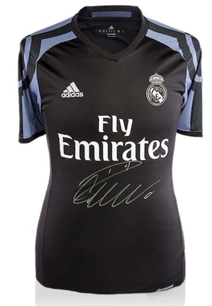hot sale online 970a3 d035e Cristiano Ronaldo Signed Real Madrid Authentic Adidas ...
