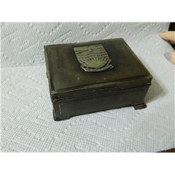 METAL TRINKET  BOX WITH BRITISH COLUMBIA CREST - STAMPED ON BASE - WOOD LINES - HING AS-IS