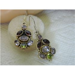 FROM ESTATE - EARRINGS - VINTAGE - GARNET, AMETHYST AND PERIDOT IN 925 STERLING SILVER SETTING