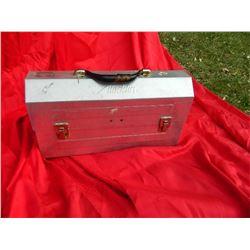 VINTAGE ALADDIN LUNCH BOX - ALUMINUM