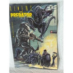 ALIENS VS PREDATOR - #3 - 1990 - DARK HORSE COMICS - NEAR MINT - WITH BAG