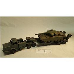 Army Flatdeck w/ Tank