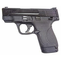 Smtih & Wesson M&P Shield 9mm.