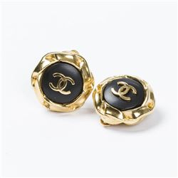 CHANEL Round Black Logo Clip Earrings
