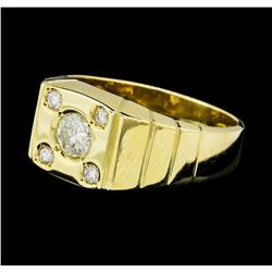 0.55 ctw Diamond Ring - 14KT Yellow Gold