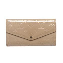 Louis Vuitton Beige Vernis Monogram Sarah Wallet