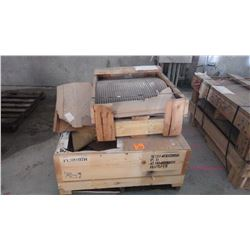 PALLET OF 2' SCREENING
