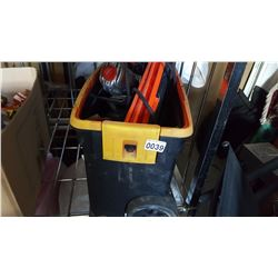 TOLBOX WITH POWER TOOLS