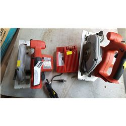 2 MILWAUKEE CIRCULAR SAWS AND CHARGER TESTED AND WORKING