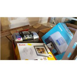 2 CANON SEPHY PRINTERS AND DIGITAL PHOTO FRAME