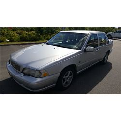 1999 VOLVO S70 4 DOOR SEDAN, AUTOMATIC, 200200KM, WITH FOB KEY AND REGISTRATION