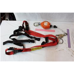 Safety Harness w/Retractable Lifeline
