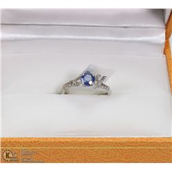 1) 14KT WHITE GOLD SAPPHIRE RING W/ 30  DIAMONDS