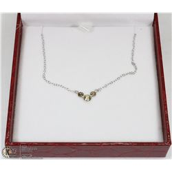 15) 10-14KT WHITE GOLD 3 DIAMOND NECKLACE