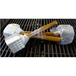 ON CHOICE:NEW MEAT MALLET TENDERIZERS - LOT OF 3