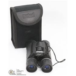 BUSHNELL 10X25 BINOCULARS WITH CASE
