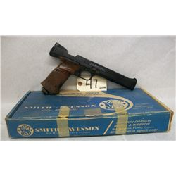 SMITH AND WESSON MODEL 79G PELLET PISTOL